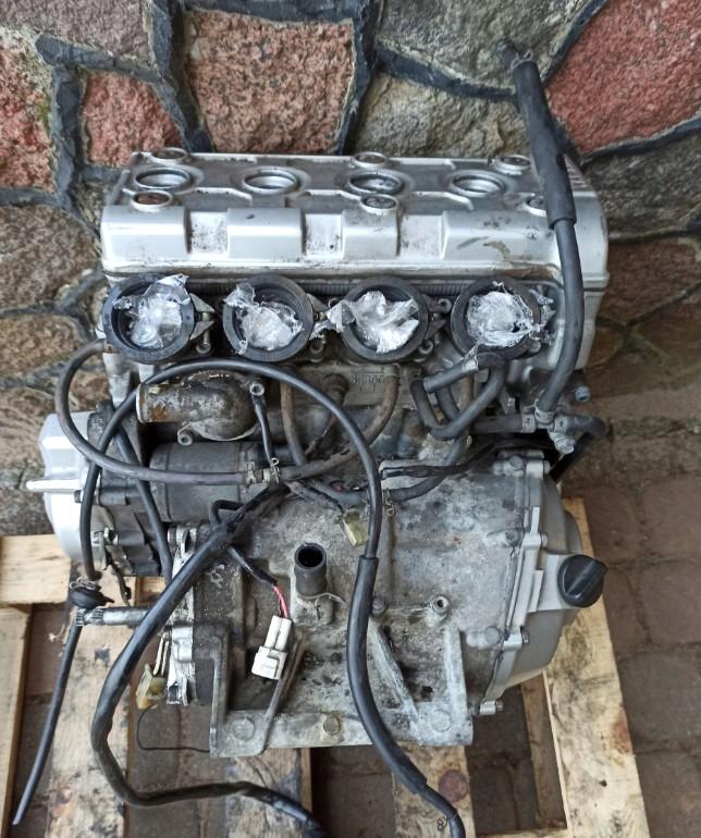 Шукаю мотор або блок циліндрів на Yamaha YZF R6 1999