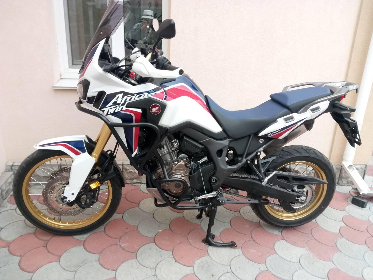 Продається мотоцикл ХОНДА АФРИКА ТВІН 1000.2017рік. Пробіг 7.700 км.