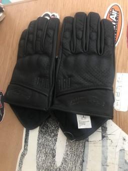 Шкіряні рукавиці ROLEFF M короткі