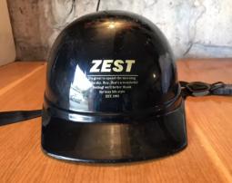 Каска-шлем на мопед