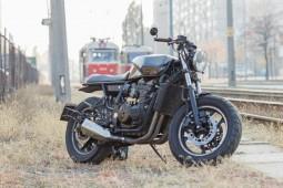 Продам Kawasaki GPX 600 R (custom)