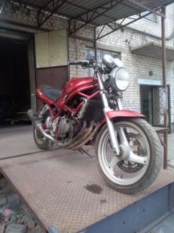 Разборка Suzuki bandit 250, рама с чистыми документами.