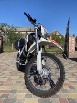 Мотоцикл LONCIN SX2 LX250GY-3 Б/У